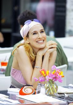 35 Reasons Carrie Bradshaw is Actually Annoying | StyleCaster.com
