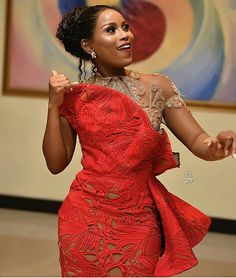 African Party Dresses Hi ladies. Here are the latest beautiful African party dresses that you need to choose to make your weekend amazing. African Party Dresses, African Lace Dresses, African Fashion Dresses, Fashion Outfits, Fashion 2018, Fashion Styles, Aso Ebi Lace Styles, African Lace Styles, Ankara Styles