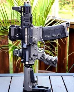 - Real Time - Diet, Exercise, Fitness, Finance You for Healthy articles ideas Military Weapons, Weapons Guns, Guns And Ammo, Ar Pistol Build, Ar15 Pistol, Armas Airsoft, Armas Wallpaper, Battle Rifle, Submachine Gun