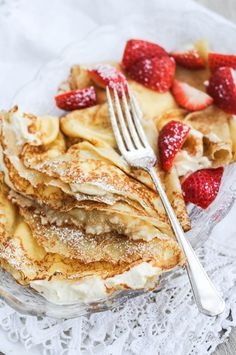 Polish Sweet Cream Cheese Pancakes (Nalesniki) (Cheese Plate For Two) 13 Desserts, Delicious Desserts, Yummy Food, Sweet Desserts, Cream Cheese Pancakes, Pancakes And Waffles, Ricotta Pancakes, Brunch Recipes, Breakfast Recipes