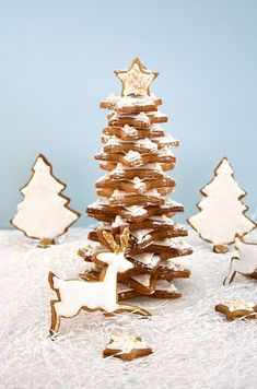 Food and Cook by trotamundos » GALLETAS DE NAVIDAD DECORADAS Y GROG ( Christmas Nutty Cookies and Grog Drink )