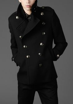 From the Burberry Winter Storms collection. F/W 2010 Military Fashion, Mens Fashion, Fashion Outfits, Navy Pea Coat, Military Looks, Burberry Women, Cool Outfits, Menswear, How To Wear