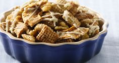 How 'bout them apples? Cinnamon Chex™ adds a festive flavor to this fun fall snack. Ingredients 3 cups Cinnamon Chex™ cereal 3 cups Rice Chex™ cereal 1 cup walnut pieces 1