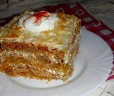 Érdekel a receptje? Kattints a képre! Slovak Recipes, Hungarian Recipes, Meat Recipes, Cake Recipes, Cooking Recipes, Quiche Muffins, Good Food, Yummy Food, Tasty Dishes