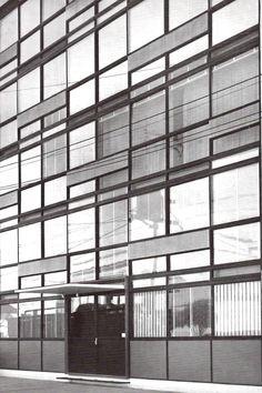 Edificio de departamentos, Río Tigris 133, Col. Cuauhtémoc, México, DF. 1955   Arqs. Ricardo de Robina y Jaime Ortiz Monasterio -  Apartment building, Rio Tigris, Col. Cuauhtemoc, Mexico CIty 1955