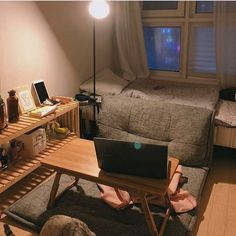 Small Room Interior, Small Room Bedroom, Bedroom Decor, Deco Studio, Tiny Apartments, Minimalist Room, Room Goals, Cozy Room, Aesthetic Rooms
