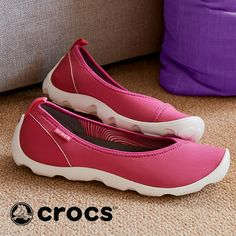 Check everything off your to-do list in a pair of Crocs Busy Day slip-on shoes for women. Plus, find more cute styles from Crocs, from classic clogs to fashion-forward flats.