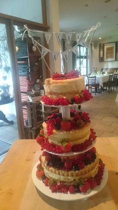 Naked Cake ❤ Hochzeitstorte ❤ selbst gemacht ❤ Sommerhochzeit ❤ Beerendeko