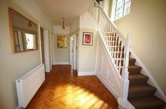 Laminate or parquet floor in hall?