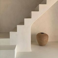 """St. Leo on Instagram: """"A study of calm colours and shapes. Photography via @pottershousemallorca."""" Hit The Floors, Organic Modern, Aesthetic Bedroom, Staircase Design, Stairways, Architecture Design, Colours, Shapes, Ceramics"""