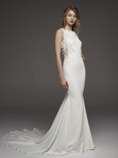 Wedding Dress HOSTA by Pronovias - Search our photo gallery for pictures of wedding dresses by Pronovias. Find the perfect dress with recent Pronovias photos. Bridesmaid Outfit, Blue Bridesmaid Dresses, Bridal Dresses, Pronovias Wedding Dress, Wedding Gowns, Wedding Ceremony, Bateau Wedding Dress, Boat Neck Wedding Dress, Wedding Suite