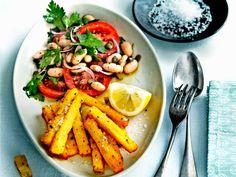 friet van polenta met parmezaan en rozemarijn Good Food, Yummy Food, Pasta Salad, Dinner Recipes, Dinner Ideas, Delish, Side Dishes, Veggies, Tasty