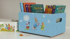 Caja de madera maciza decorada por El Piojito. www.elpiojito.es