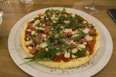 Ham & Goat Cheese Pizza from My Free Kitchen   Paris http://www.kimieatsglutenfree.com/2016/08/14/gluten-free-restaurants-in-paris/