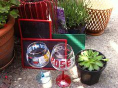 Verres a rosé/ plante grasse/ ardoises écolier/ cache-pot plastique