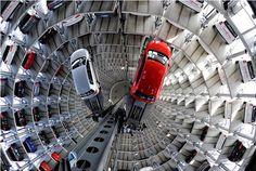 http://1.bp.blogspot.com/-QO6_7IzRkPc/T8FAjershII/AAAAAAAABNc/APr5C-WX9-g/s1600/Autostadt-Automated-Parking-Garage-Towers-2.jpg