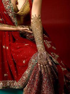 a bride who was never there Bridal Mehndi, Henna Mehndi, Mehendi, Henna Art, Desi Wedding, Wedding Henna, South Indian Bride, Bollywood Fashion, Bollywood Style