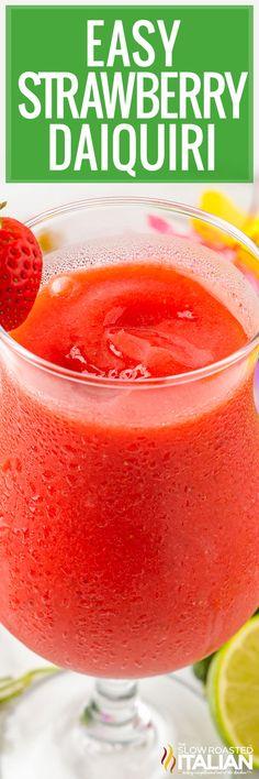 Strawberry Daiquiri Recipe, Strawberry Cocktails, Fun Cocktails, Summer Drinks, Beach Drinks, Summer Fruit, Cocktail Drinks, Fun Drinks, Cold Drinks
