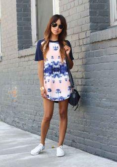 Elige un vestido con estampados: | 16 Maneras de usar Converse para ir a trabajar