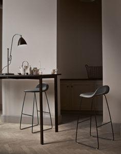 Gubi Gubi Chair Collection Bar Stool | Artilleriet | Inredning Göteborg