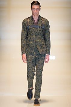Gucci - Spring 2014 Menswear - Look 17 of 35?url=http://www.style.com/slideshows/fashion-shows/spring-2014-menswear/gucci/collection/17