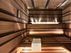 I really like the layout and lighting of this sauna. I think it is a new take on saunas - usually they are too dark. Hotel Bathroom Design, Modern Bathroom Decor, Bathroom Spa, Spa Design, Design Ideas, Napa Spa, Finnish Sauna, Spa Hotel, Spa Interior