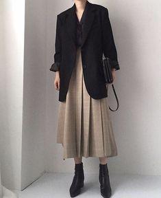 99 Fantastic Fall Outfits Ideas That Have An Elegant Looks Modest Fashion, Hijab Fashion, Fashion Outfits, Womens Fashion, Mode Ootd, Mode Hijab, Classy Outfits, Fall Outfits, Casual Outfits