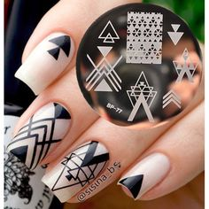 Cheap plate, Buy Quality plate cover directly from China plate scrap Suppliers: BORN PRETTY Negative Space Nail Art Stamping Stamp Template Image Plates Cool Triangle Nail Stamp Plate Trendy Nail Art, Cool Nail Art, Jolie Nail Art, Triangle Nails, Nagel Stamping, Negative Space Nails, Solid Color Nails, Nail Colors, Nail Art Stamping Plates