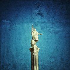 ¡Buenos días #Madrid! Colón os saluda... #colon #DeMadridAlCielo #juernes #MadridMeMola #MadridMeMata | Flickr: Intercambio de fotos