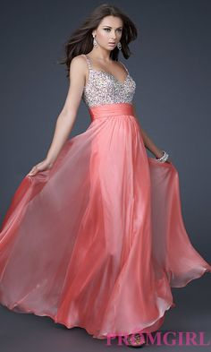 In Stock Buy Gorgeous La Femme Prom Dress at PromGirl