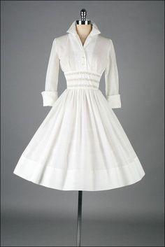 The 30 Best Vintage Inspired Dresses #VintageDresses #VintageFashion