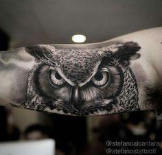 Mens Owl Tattoo, Tattoo Owl, Bird Tattoo Men, Owl Tattoo Design, Tattoo Designs Men, Diy Tattoo, Black Tattoos, Black And Grey Tattoos For Men, Sleeve Tattoos