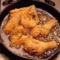 Fried Chicken and Gravy | rachaelraymag.com