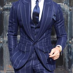 @absolutebespoke #winter #bigpinstripe