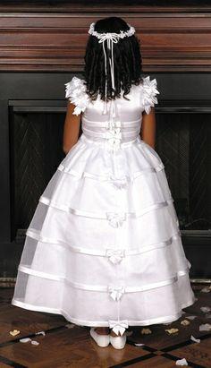 Ook de achterkant van een bruidsmeisje moet mooi zijn. En deze is dat! Trouwen, bruiloft, huwelijk, bruiloften, bruidskinderen, bruidsmeisje, bruidsmeisjes, communie. bruidskindermode.nl