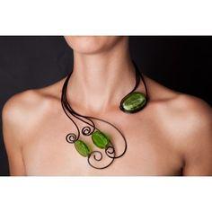 """Комплект """"Суета"""" от зелени стъклени мъниста от венецианско стъкло"""