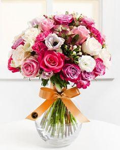 Fleurop.hu. Csak neked Floral Wreath, Wreaths, Home Decor, Floral Crown, Decoration Home, Door Wreaths, Room Decor, Deco Mesh Wreaths, Home Interior Design