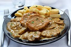 Veal Medallions in Creamy Mushroom Sauce Serves: 3 Ingredients 9 veal medallions salt, ground black pepper, 3 Tbsp all-purpose flour, divided 2-3 Tbsp butter, melted 1 onion, chopped 7 oz (200 g) button mushrooms, sliced vegetable or beef broth (about 1 cup), 1-2 Tbsp prepared mustard, 1 Tbsp garlic, chopped …
