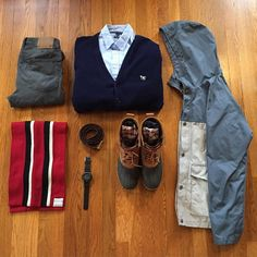 #flatlay Pat Fitzpatrick #sharpgrids #suitgrids #votrends #stylishgridgame #flygrids #khaki #ties #preppy #prep #instagood #inspiration #ootd #outfit #outfitfromabove #wdywtgrids #outfit #menswear #menstyle #mensfashion #gq #dailylook #lookbook #gqinsider #outfitgram #outfitplace #fashiongram #whatiworetoday #grabergrid #style #instagram #gq @mallenpics by mallenpics