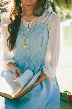 This looks like Belle!!!!! Ahhhhhh!!!!