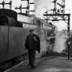 Charlie Thorne, man of steam Uk Rail, Rail Transport, Steam Railway, Bullen, Merchant Navy, Train Art, British Rail, Battle Of Britain, Dartmoor