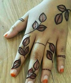 Latest Simple and Easy Best Mehndi Designs for Women Mehndi Designs For Kids, Henna Tattoo Designs Simple, Floral Henna Designs, Mehndi Designs Feet, Back Hand Mehndi Designs, Mehndi Designs Book, Stylish Mehndi Designs, Mehndi Designs For Beginners, Mehndi Design Photos