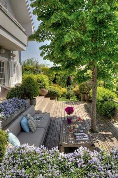 Terrasse am Hang SO INCREDIBLY BEAUTIFUL & A WONDERFUL PLACE TO EITHER ENJOY SPECIAL 'ALONE TIME' OR SHARE WITH FRIENDS!