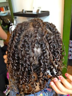 THE INFAMOUS OUIDAD CUT AND TWIST SET If you don't know what Ouidad is you probably don't have curly hair.  If you  (or your child) have curly hair and still don't know Ouidad wow are you going to be glad to learn about this! (CLICK TO READ MORE INCLUDING VIDEO)