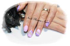 Unhas em gel cores: Rosa & lilas com nail art feita á mão