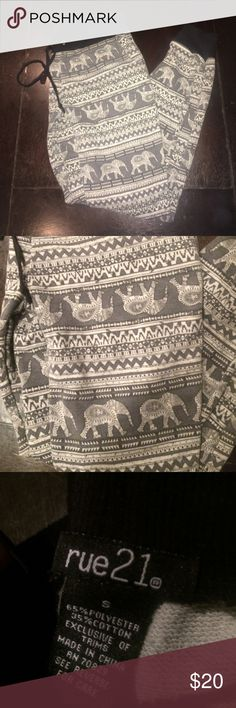 OFFERS elephant joggers Size small with tie around waist , cuffed at the bottom , has pockets in the front . I love these but I'm kinda too short for them , they come up kinda high around my waist . Could fit a small-medium . Open to trades , offers through offer button ! 30% off bundles of 2+ NOT BRANDY Brandy Melville Pants Track Pants & Joggers