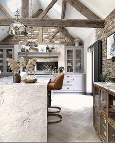 Patina and texture on point in this gorgeous kitchen by SO much to feast your eyes on 😍🙌🏼 Wishing you all a happy and relaxing Sunday! Barn Conversion Kitchen, Barn Conversion Interiors, Barn Conversions, Barn Kitchen, Tudor Kitchen, Kitchen Ideas, Country Kitchen, Barn Renovation, Cosy Room