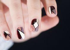 beautiful Dior nail art