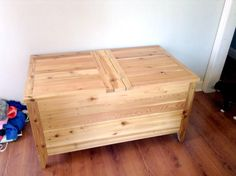Wooden Pallets Made Chest | 99 Pallets
