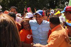 Una sonrisa contagiosa, llena de esperanza para mi bella Venezuela - Espectacular! Henrique Capriles